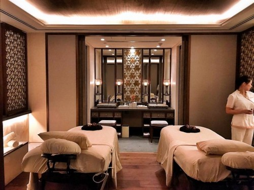 The Ritz Carlton Spa Suite